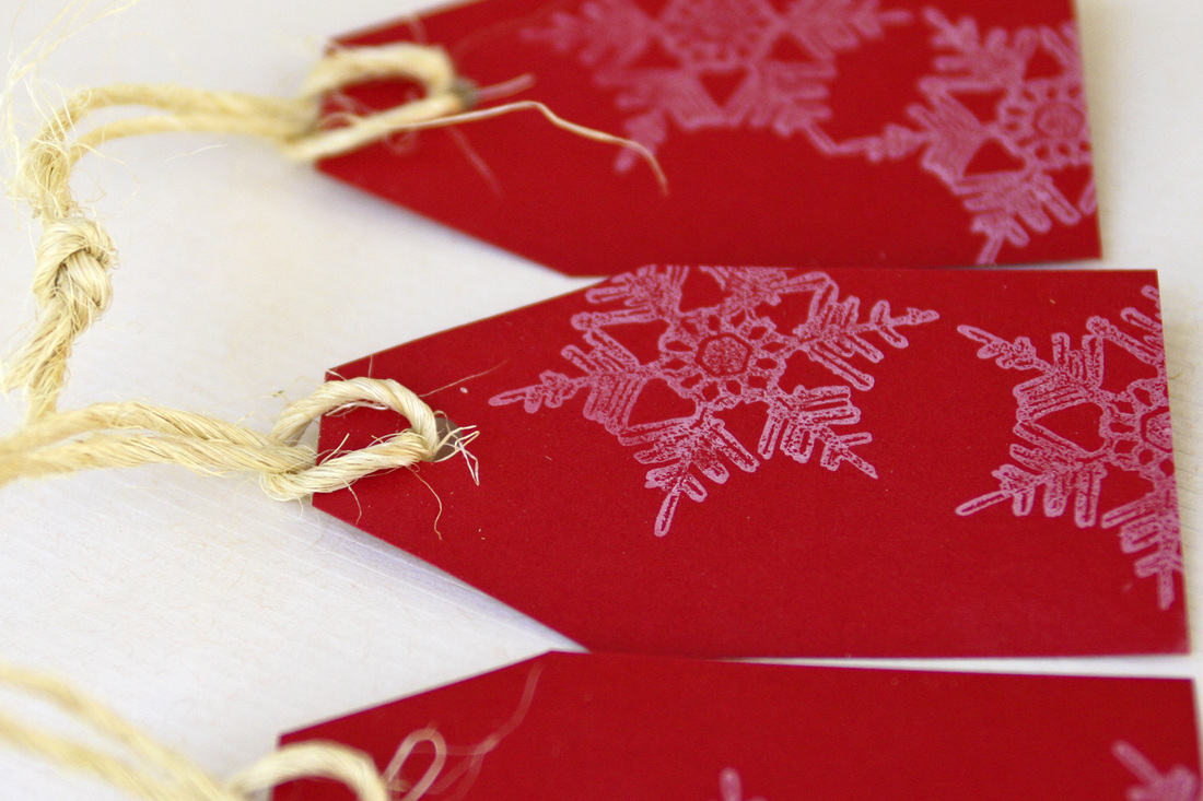 DIY holiday gift tags. Snowflakes. Calm Cradle Photo & Design