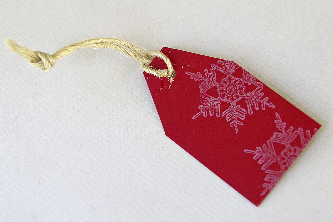 DIY holiday gift tags. Snowflake. Calm Cradle Photo & Design