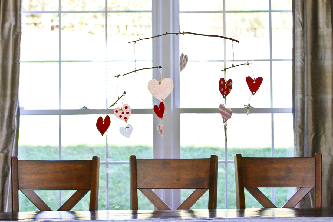 DIY: Felt heart mobile. Red, pink and white hearts. Calm Cradle Photo & Design